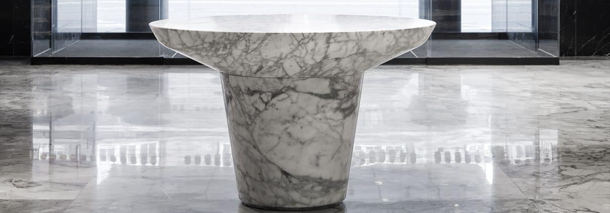 Arasbescato bord og Gjellebæk gulv